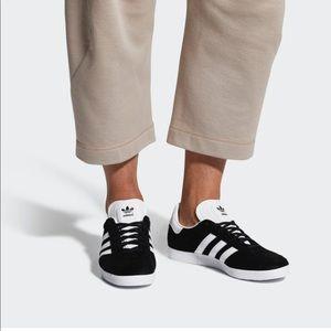 Adidas Gazelle Black White Three Stripe Shoes 10
